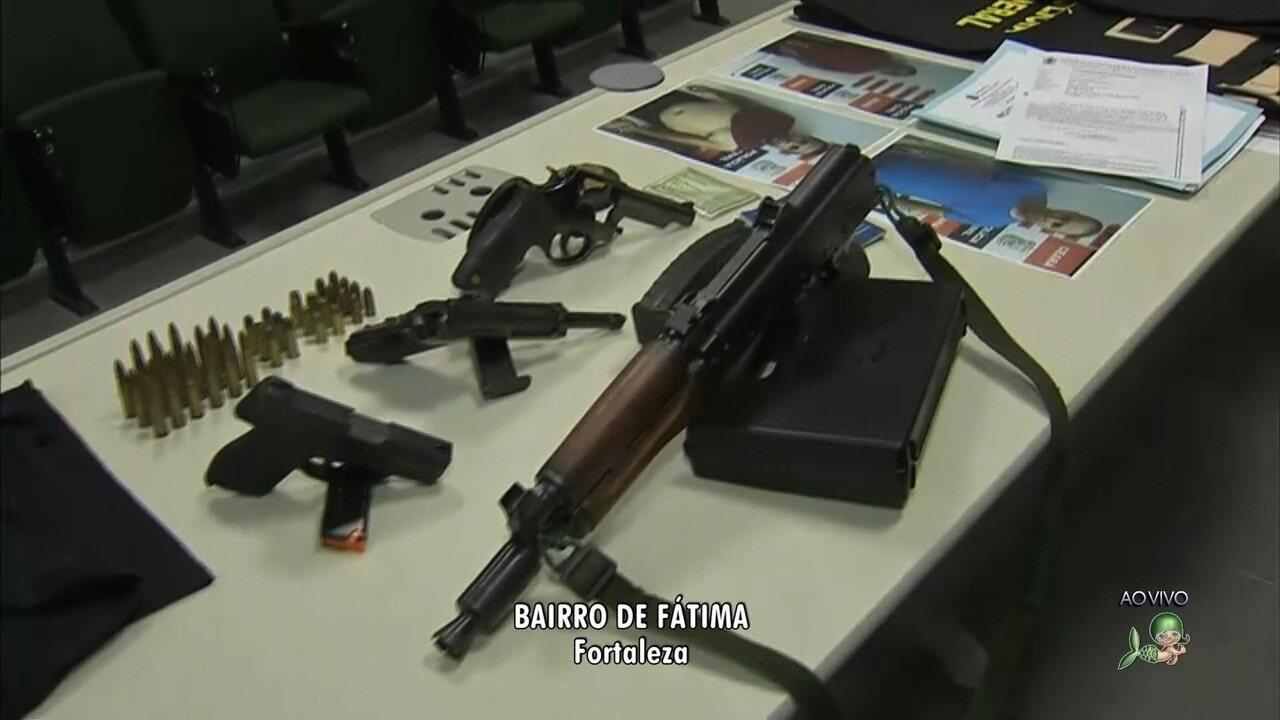 Resultado de imagem para Polícia prende quadrilha que usava fardas falsas da Polícia Federal e fuzis