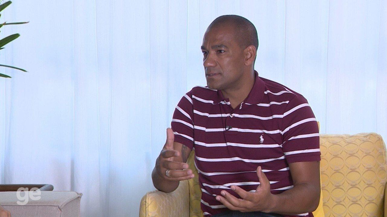 Zagueiro Rodrigo comenta pela 1ª vez episódio de 'dedada' na Ponte Preta - Parte 3