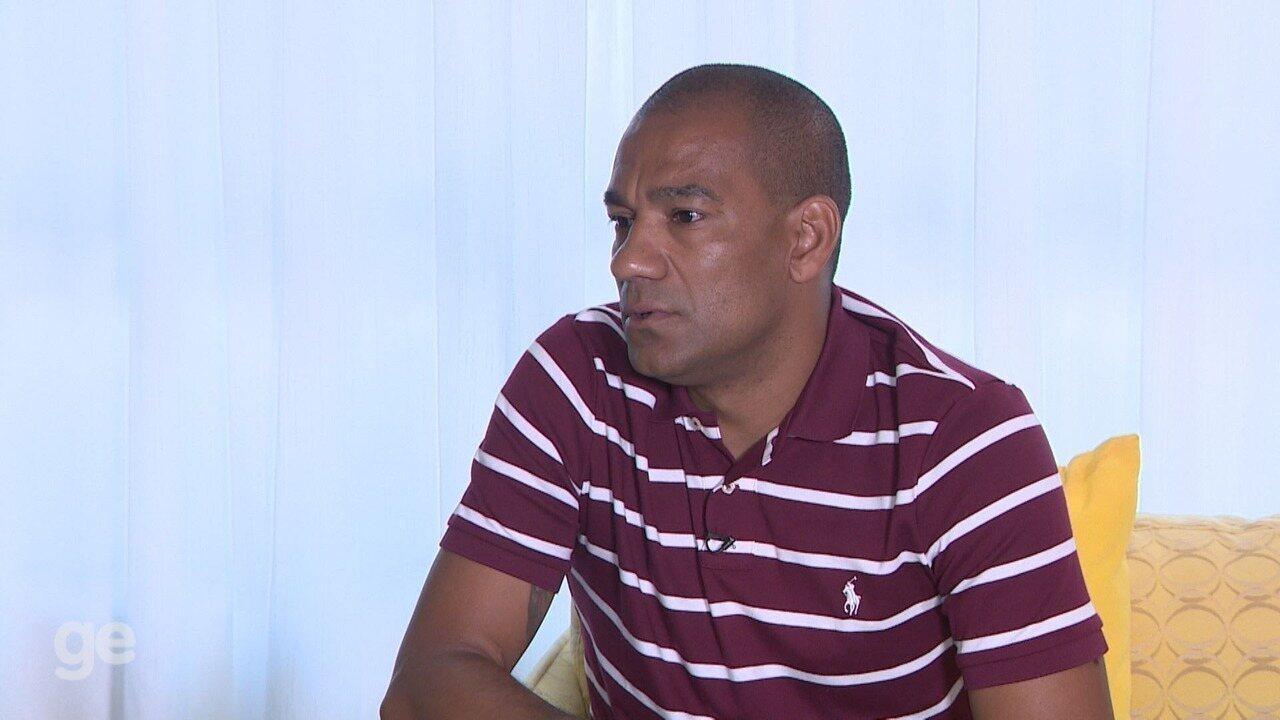 Zagueiro Rodrigo comenta pela 1ª vez episódio de 'dedada' na Ponte Preta - Parte 4