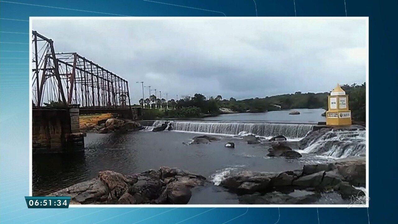 Resultado de imagem para Com chuvas acima da média, barragem em Granja no Ceará sangra pela primeira vez em 2018