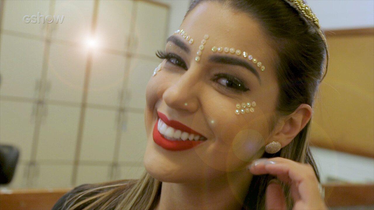 Apresentadora da Mesa-Redonda do 'BBB 18' compartilha dicas de maquiagem