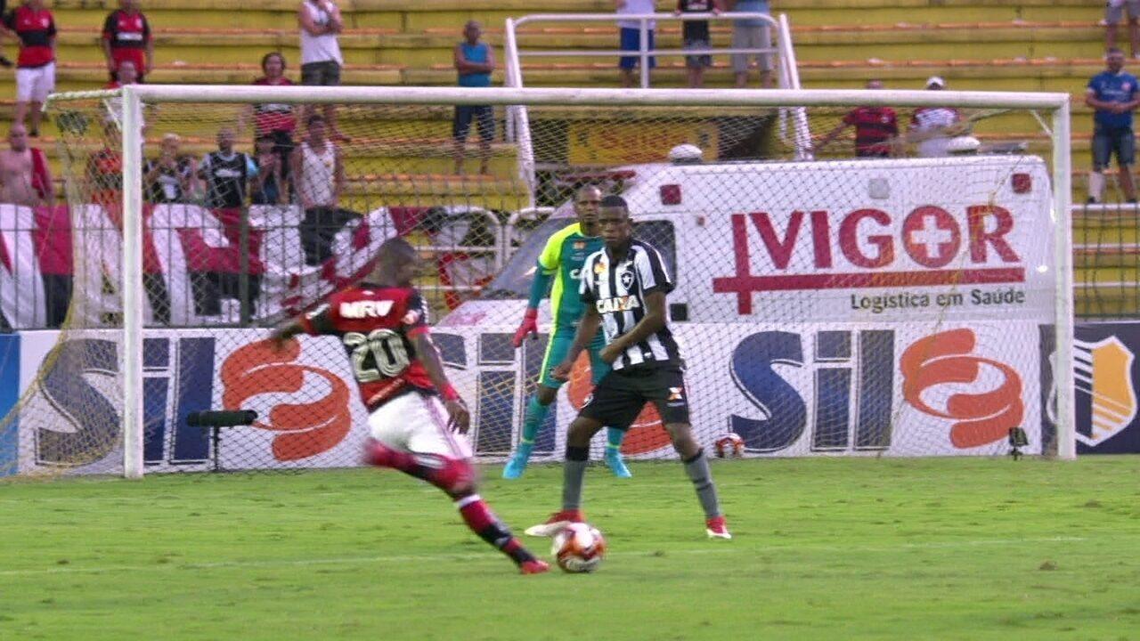 Melhores momentos: Flamengo 3 x 1 Botafogo pela semifinais da Taça Guanabara