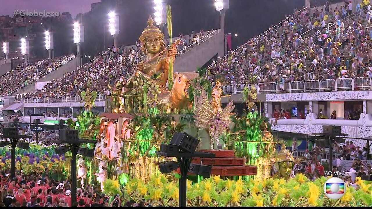Carro da Mocidade representa o deus indiano do amor