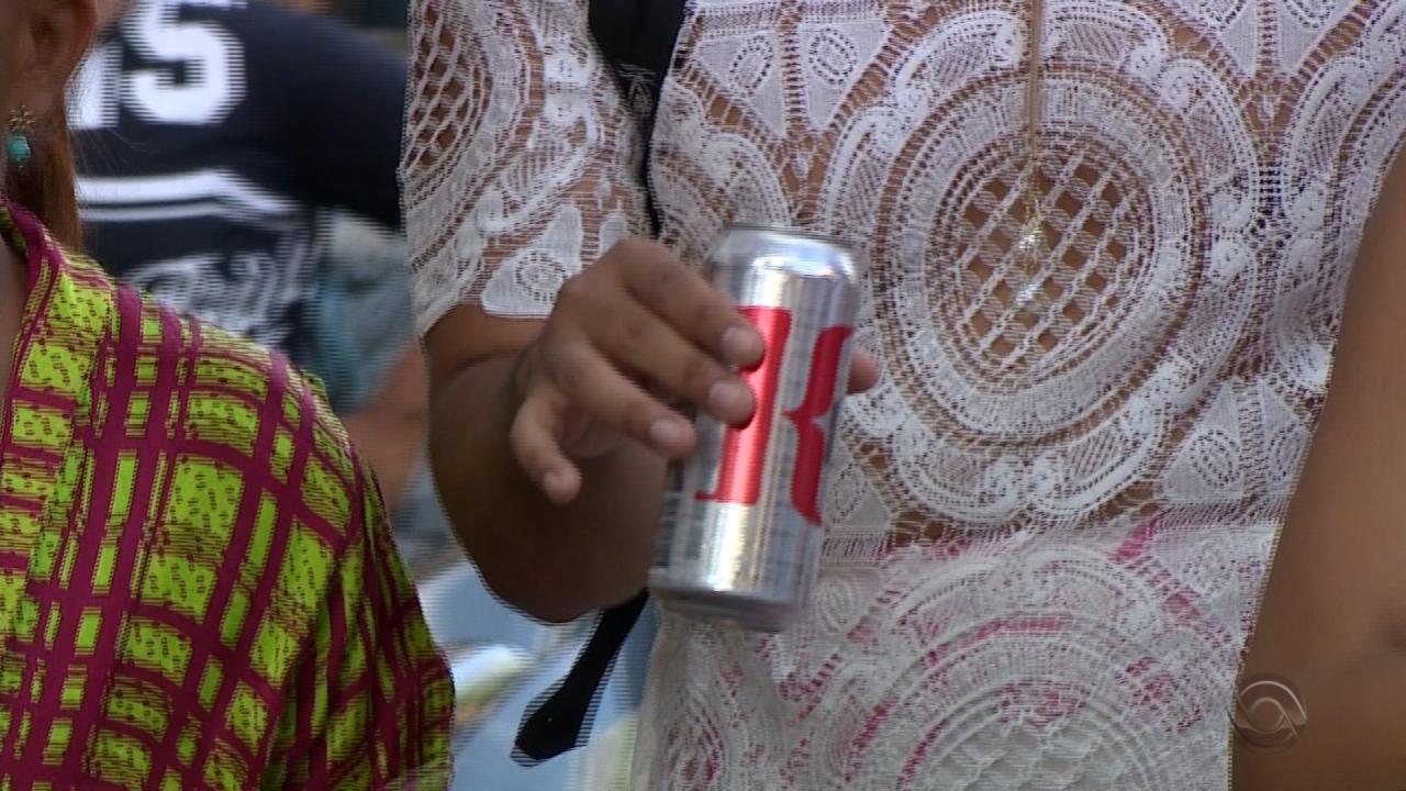 Combinação de álcool e direção não é popular entre os jovens
