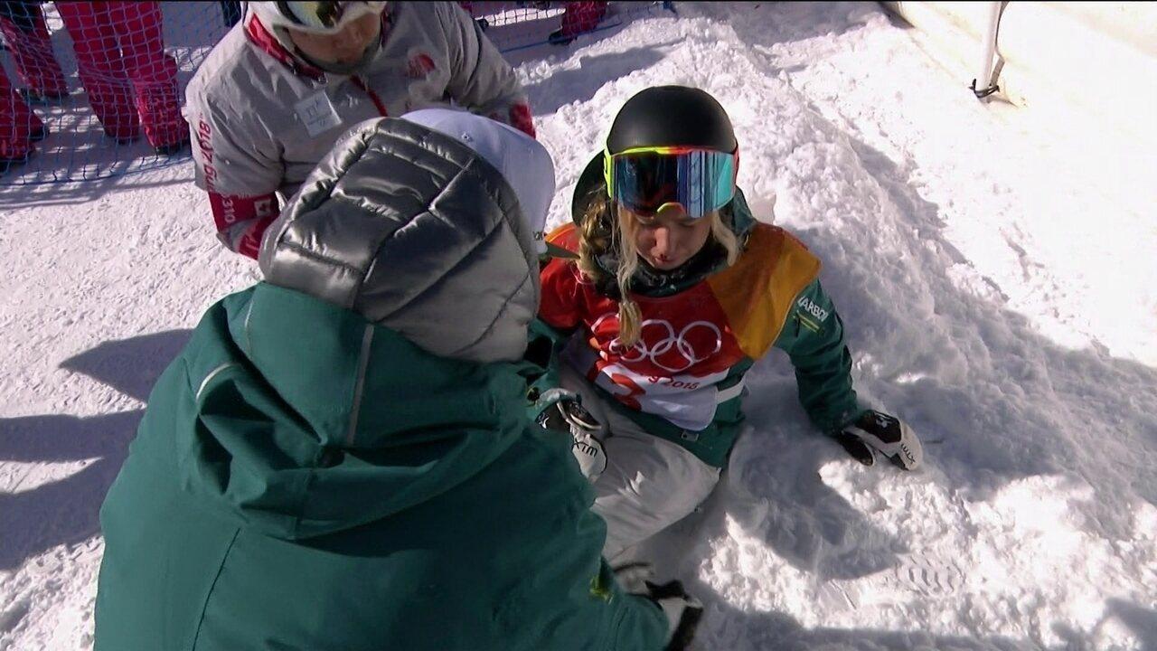 Australiana leva outro tombo e precisa de atendimento médico no Snowboard em PyeongChang