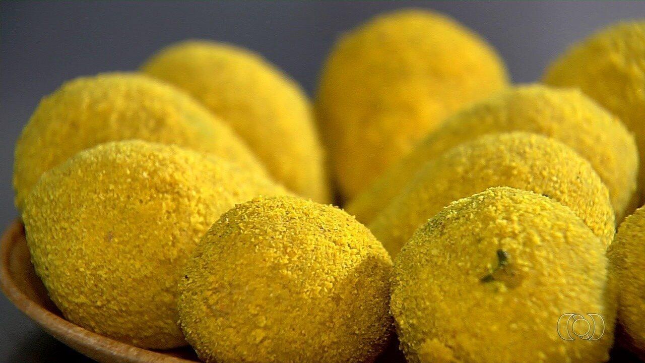 Dona de bar em Goiânia ensina receita de coxinha de brócolis com ricota
