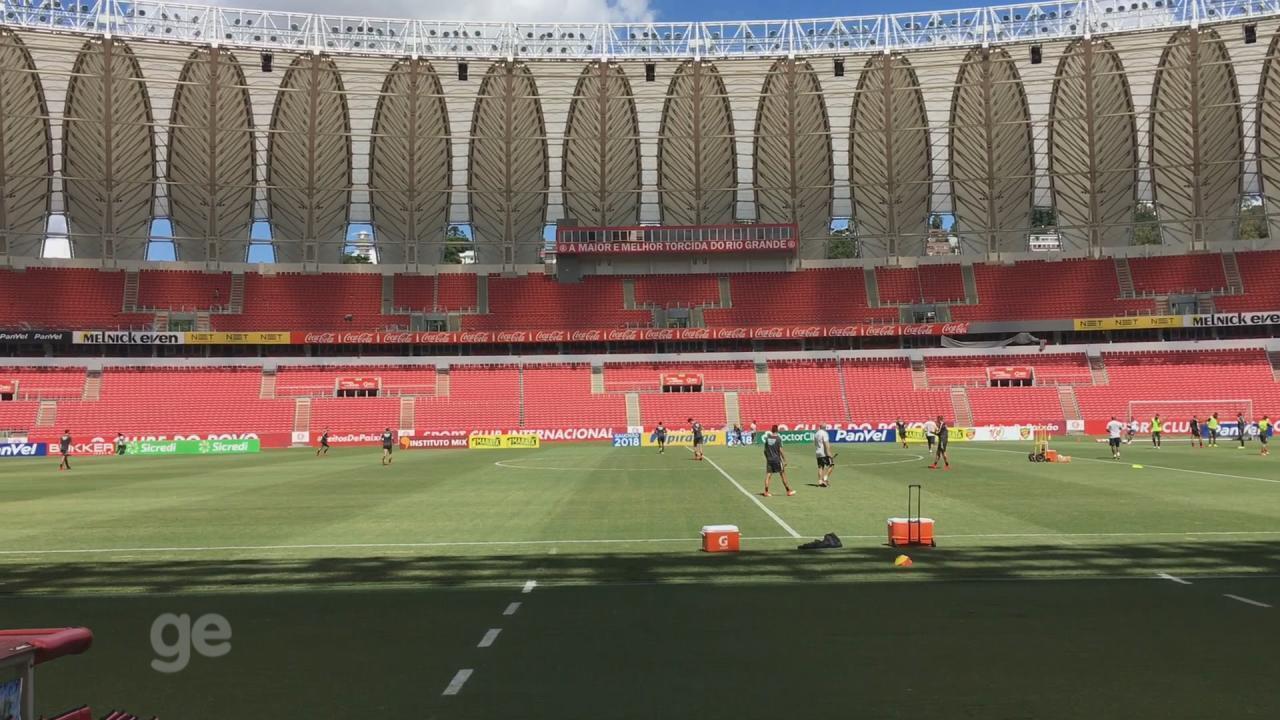 Com time do Inter definido, Odair comanda treino tático no Beira-Rio