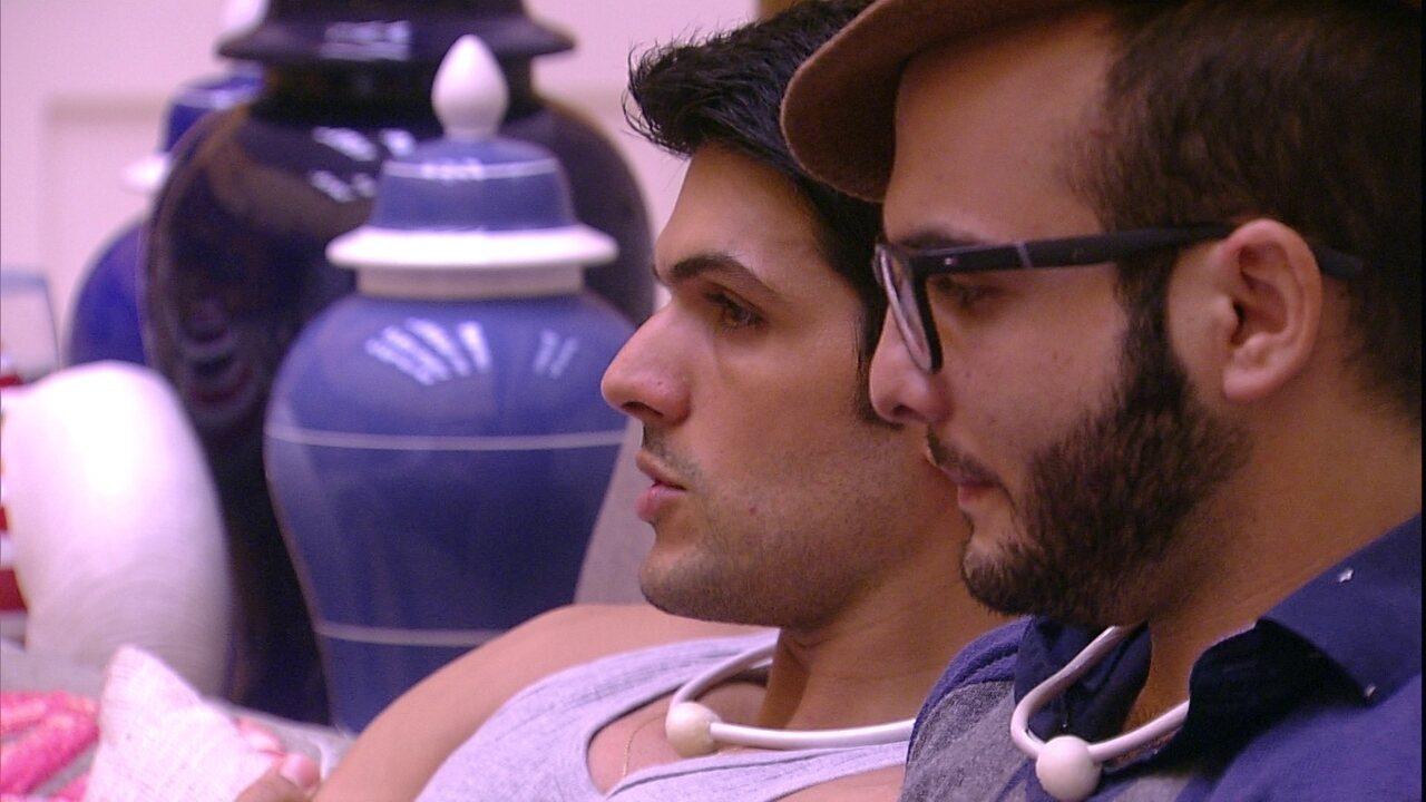 Mahmoud diz que Lucas está ansioso e empresário garante: 'Sentimento é outro'