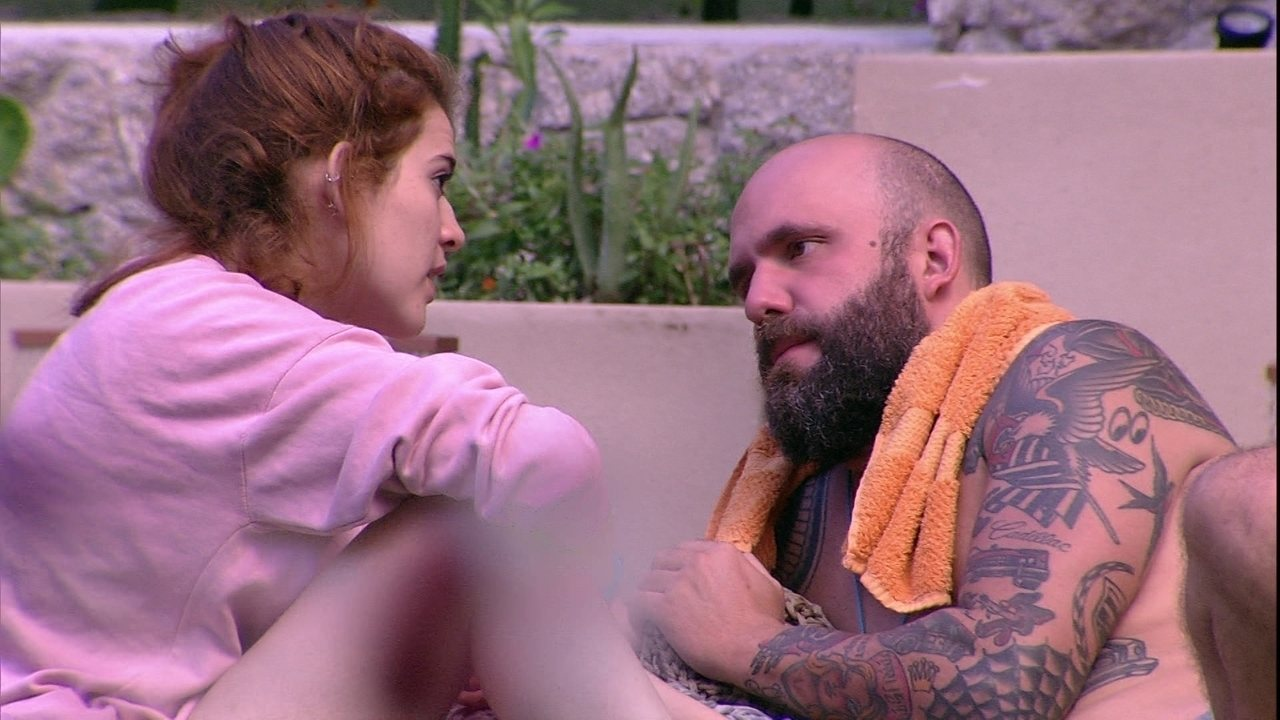 Ana Clara esclarece problemas com Caruso e ele diz: 'Não era nada contigo'