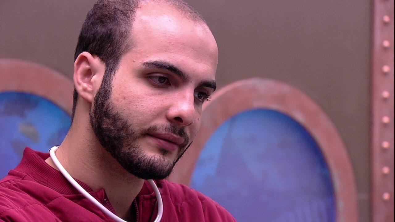 Kaysar fala para Mahmoud: 'Não quero brigas, não quero tretas'