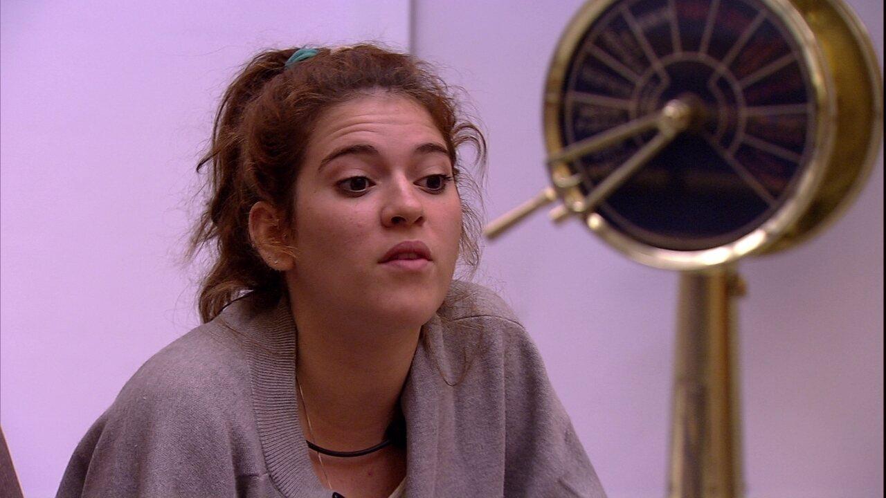 Ana Clara avisa a Gleici: 'Tem que ganhar o Anjo'