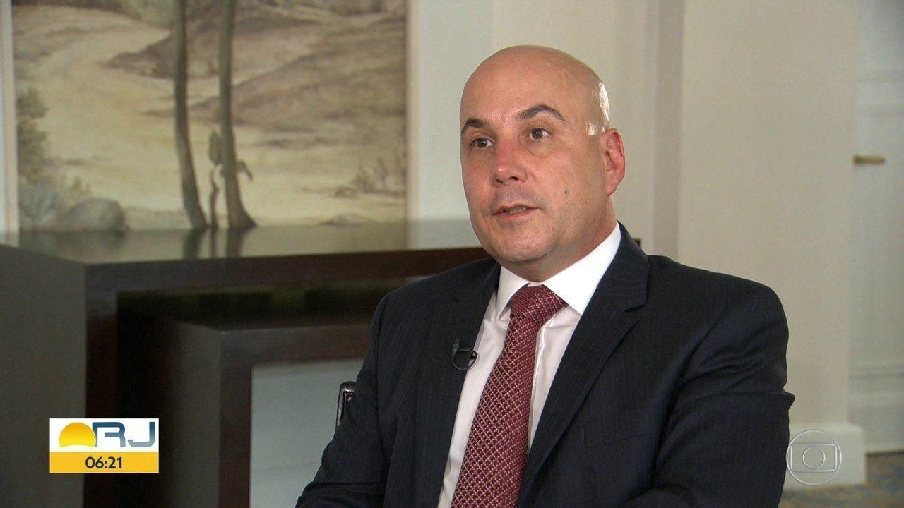 Polícia Federal cumpre mandado de prisão contra Orlando Diniz, presidente da Fecomércio