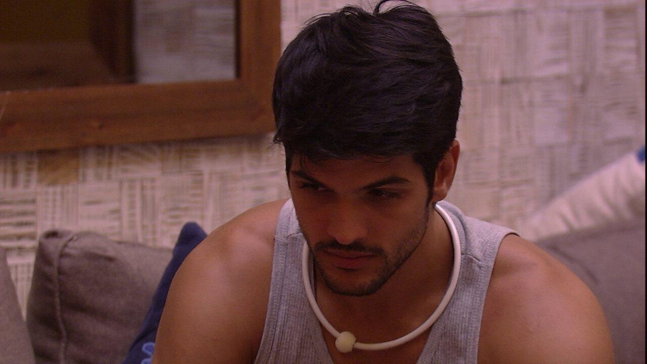 Lucas diz que teme ser Anjo e não ver noiva no vídeo: ' Ela não vai aparecer'