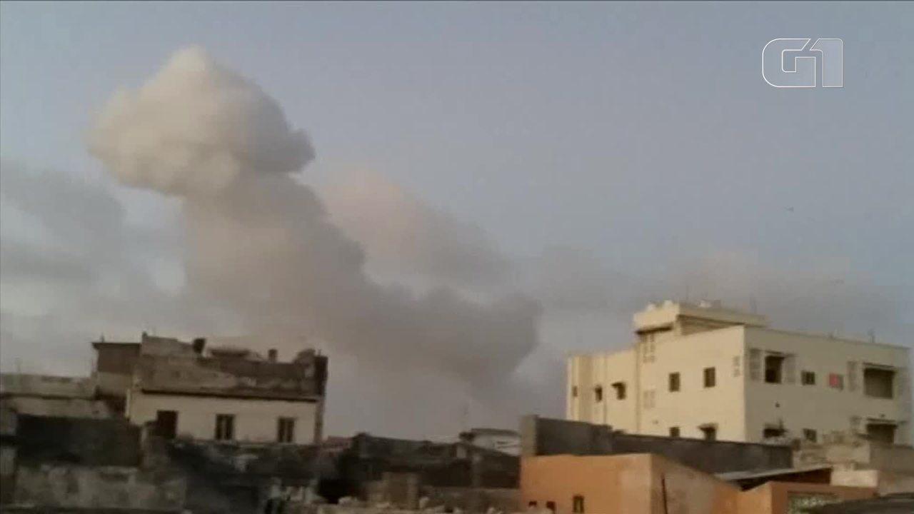 Ataques com carros-bomba na Somália deixam dezenas de mortos