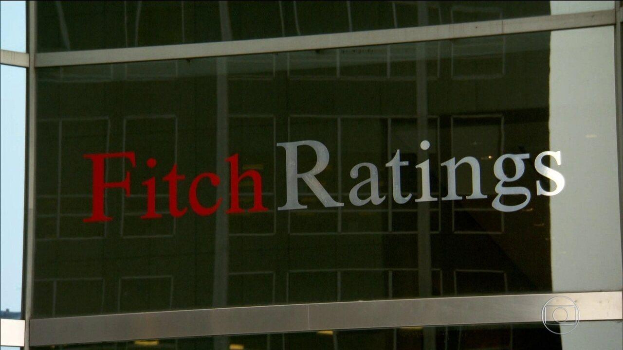 Depois da Standard & Poor's, Fitch rebaixa nota do Brasil de BB para BB –