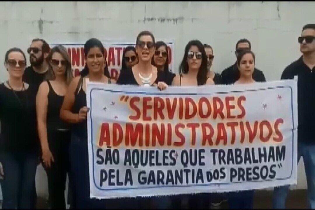 Servidores de unidade prisional em Formiga entram em greve e gravam vídeo com protesto