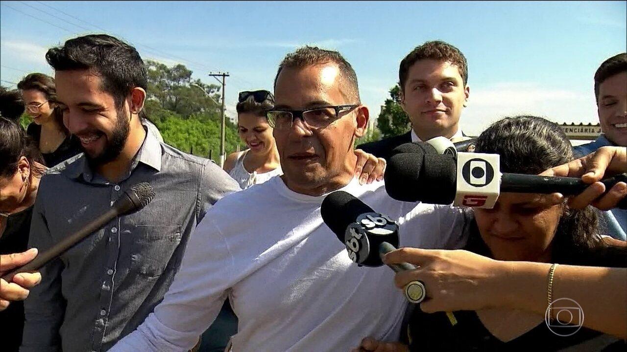 Homem condenado por abusar sexualmente dos filhos é libertado após provar inocência