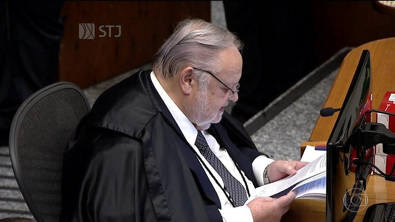 Quinta Turma do STJ negou, por unanimidade, habeas corpus preventivo para Lula