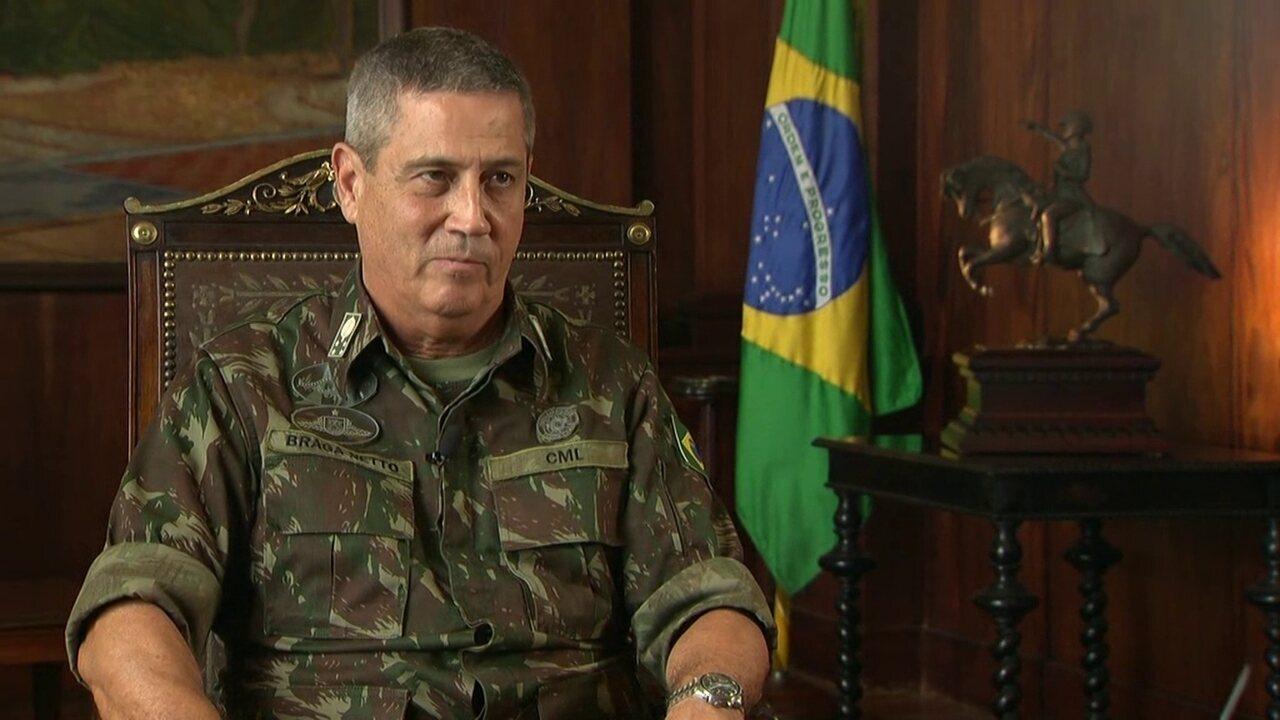 General Braga Netto garante novas viaturas, armamentos e recuperação de três blindados