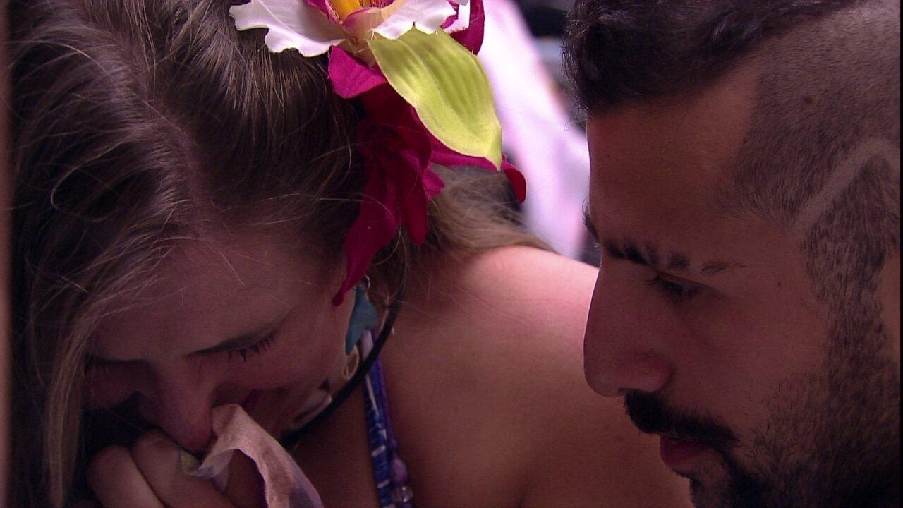 Patrícia desabafa com Kaysar: 'Me senti mal com você olhando outras mulheres'