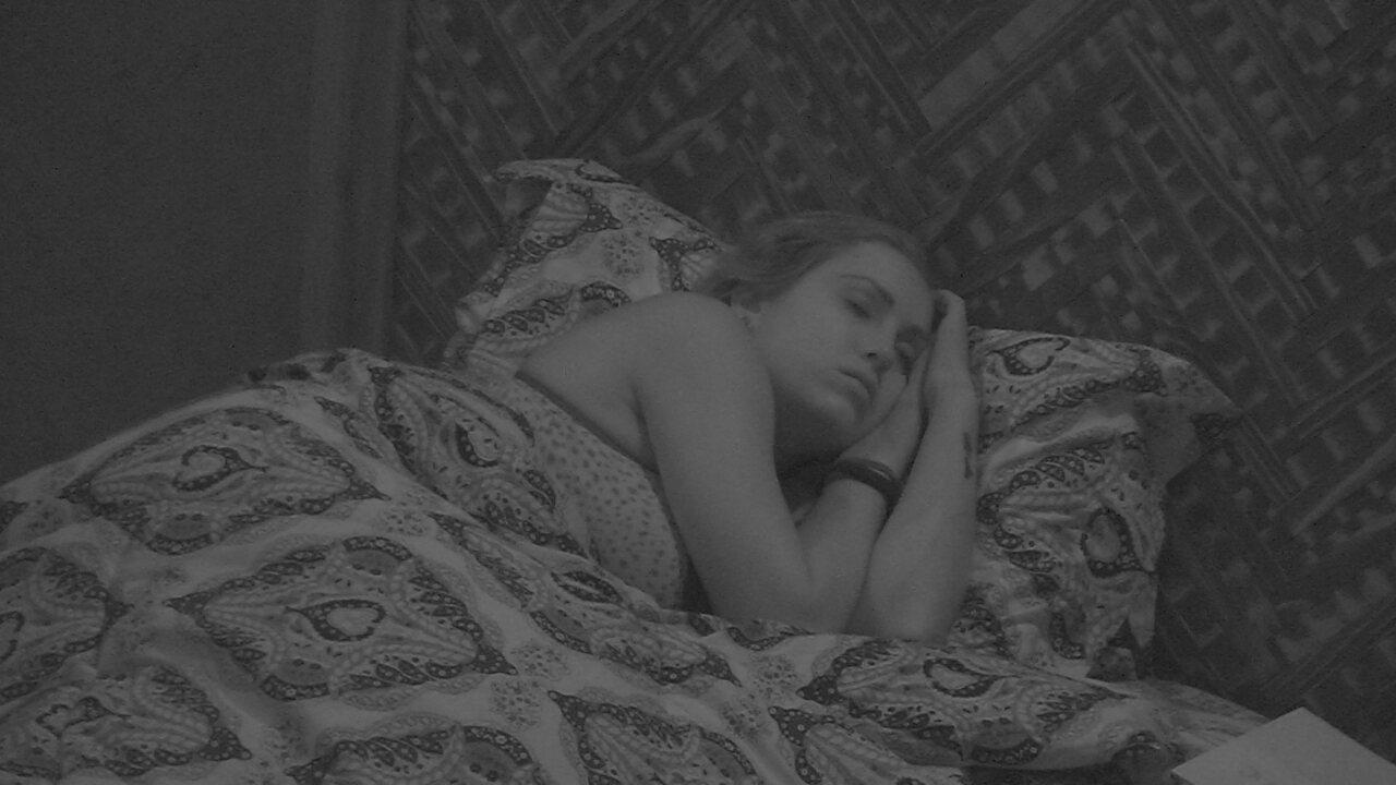 Jéssica dorme no Bangalô do Líder