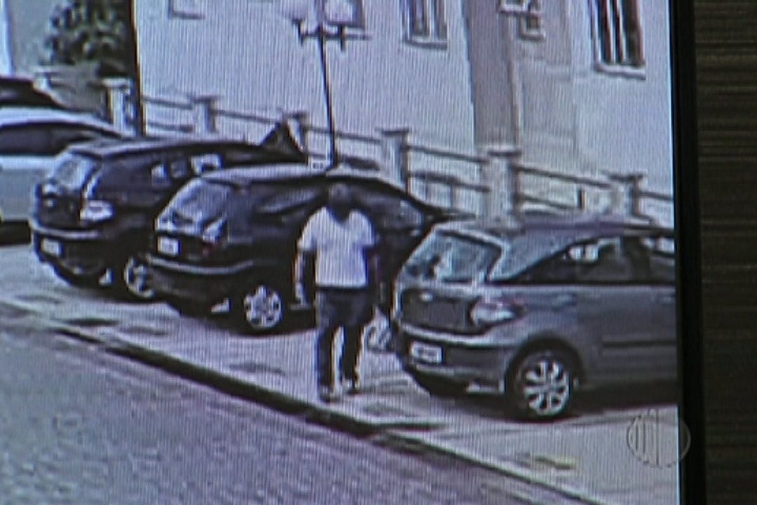 Polícia divulga foto de suspeito de crime em Biritiba Mirim