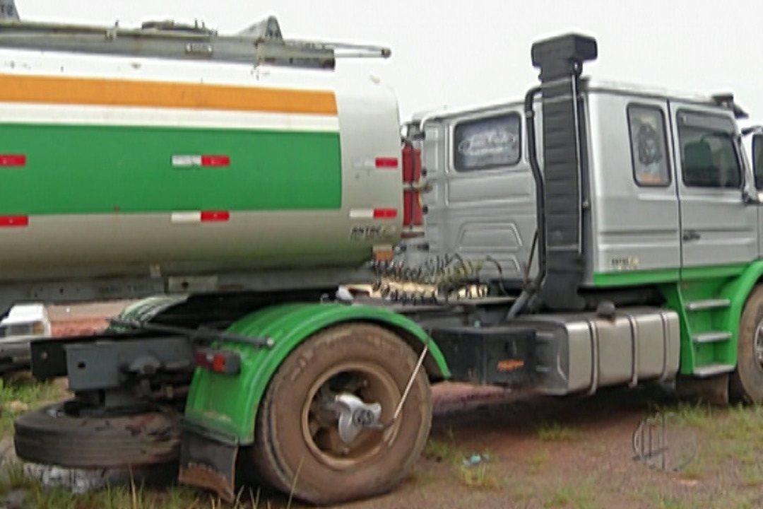 Polícia descobre base clandestina para furto de combustíveis, em Itaquaquecetuba