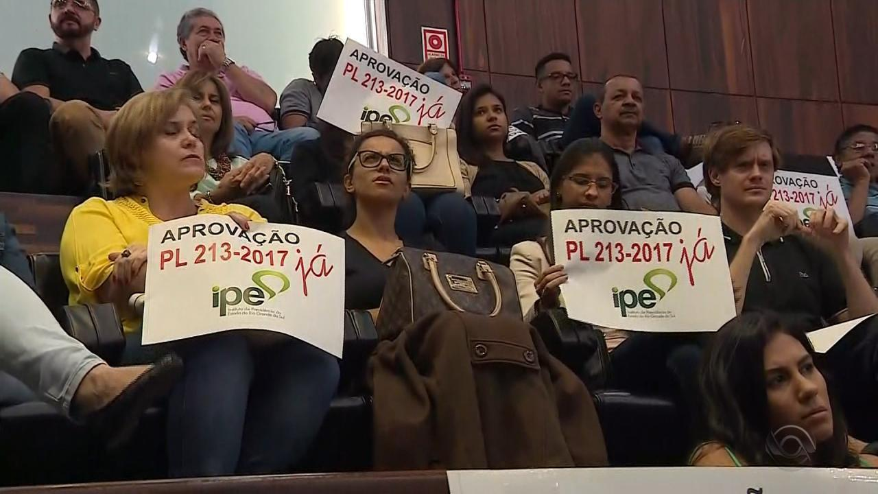 Deputados do RS aprovam projetos de pacote e criam IPE Saúde