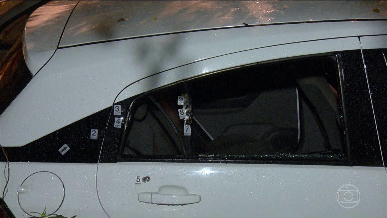 Investigadores descobrem que pelo menos 2 carros foram usados na morte de Marielle Franco