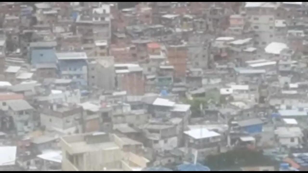Rocinha tem tiroteio e vias de acesso são afetadas