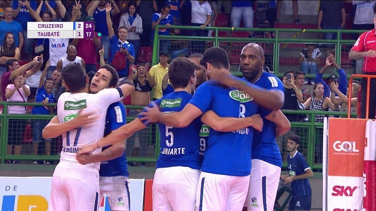 Melhores momentos: Cruzeiro 3 x 1 Taubaté pela Superliga masculina de vôlei