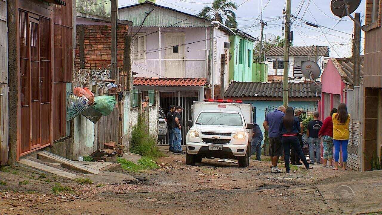 Chacina deixa três mortos na Zona Leste de Porto Alegre na manhã desta segunda-feira (19)