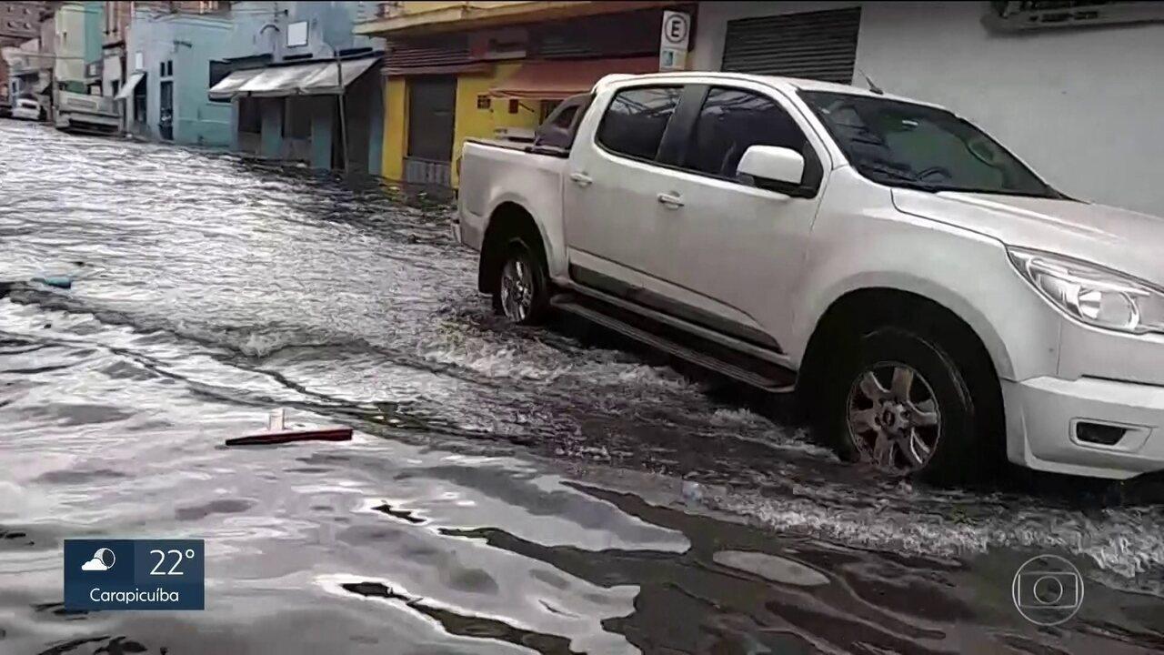 São Paulo se despede do verão com chuva