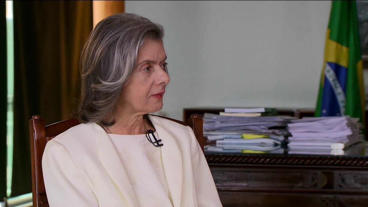 Cármen Lúcia diz que não vê motivos para retomar discussão sobre prisão após 2ª instância
