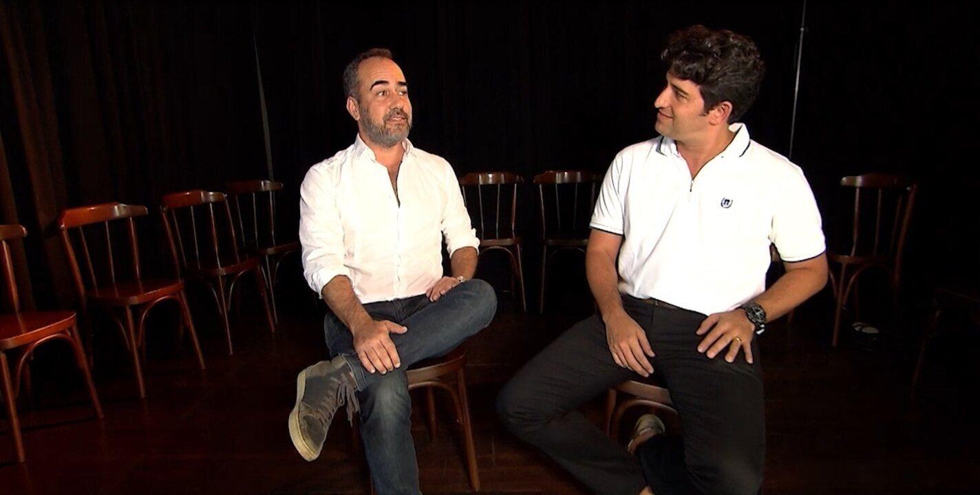 Timbó conversa com atores sobre a relação que o teatro tem com a vida real