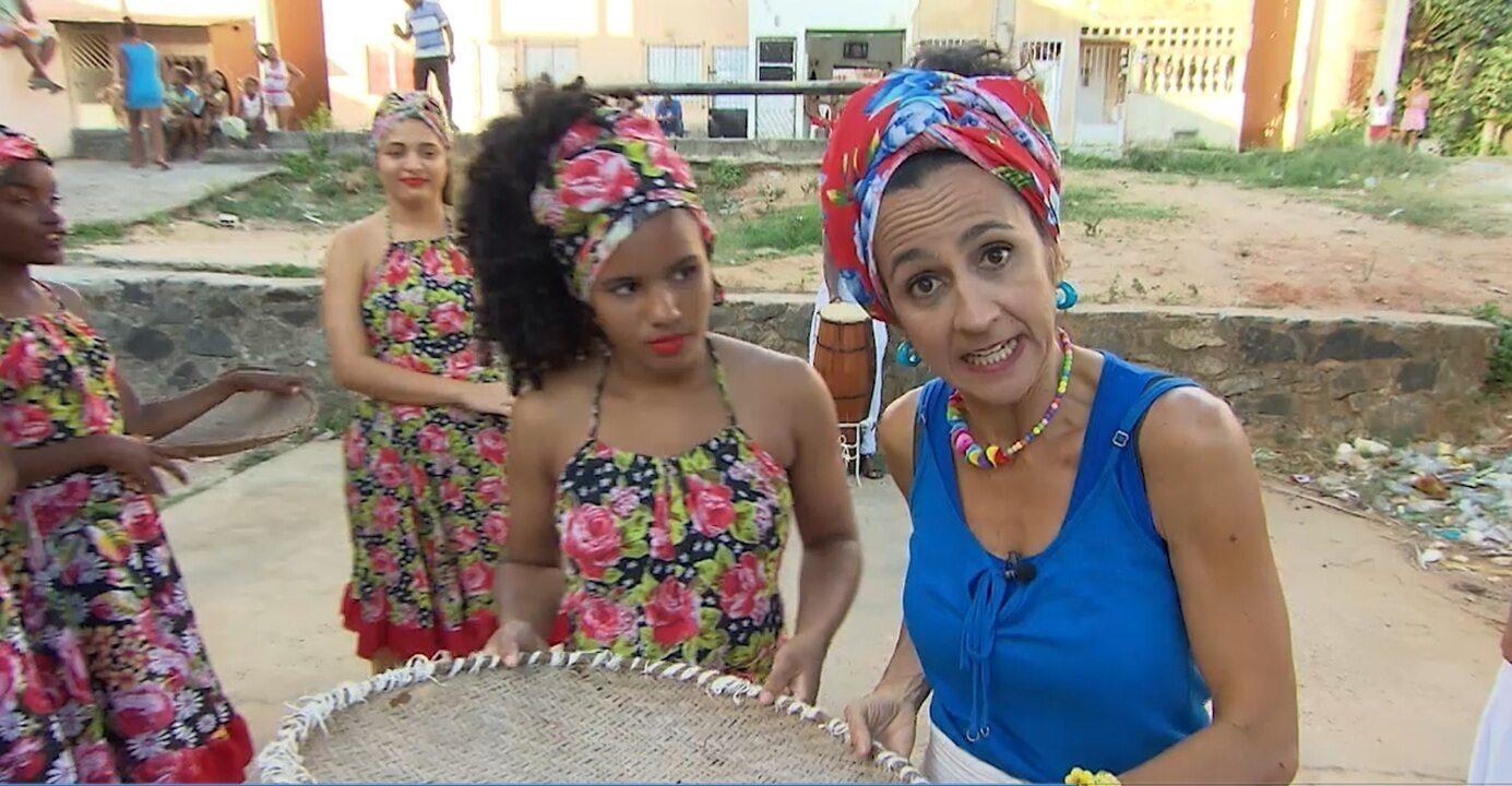 Maria Menezes cai na dança com os moradores de Recanto Feliz e Paraíso Azul, no 'Mapas'