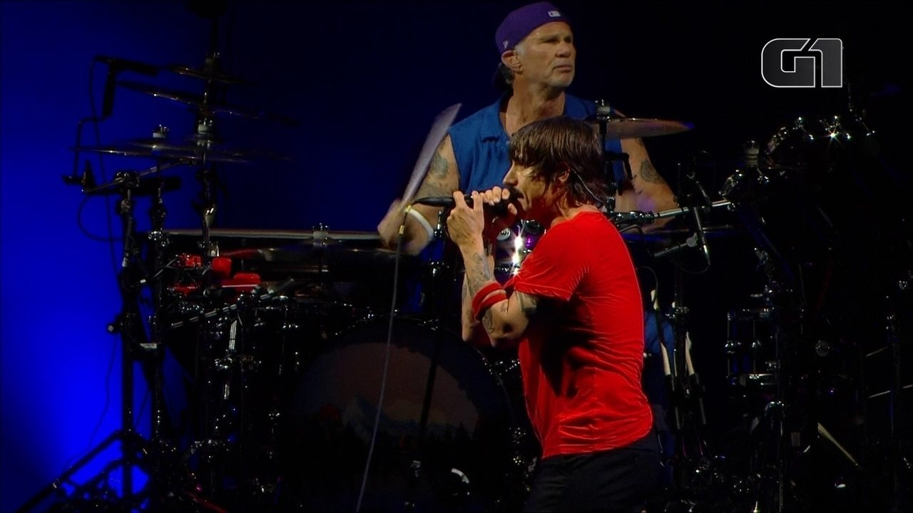 "Red Hot Chili Peppers toca ""Californicatiion"" no palco Budweiser, no 1º dia de Lollapalooz"
