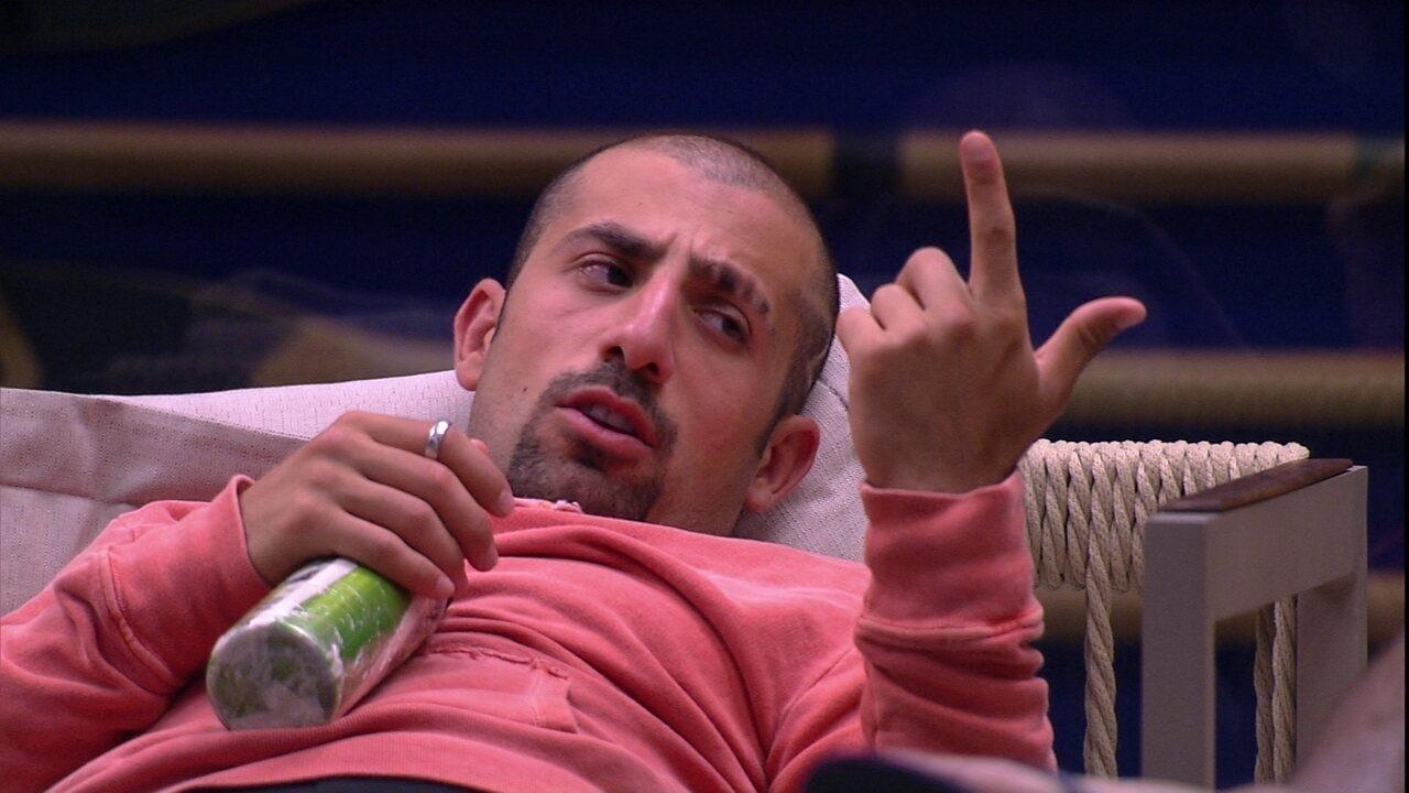 Kaysar promete trollar Caruso: 'Vou atacar ele de novo'