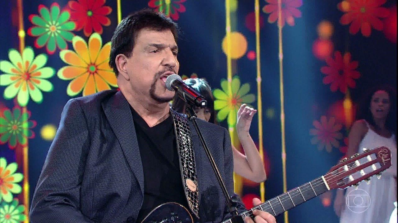 Michael Sullivan canta hits marcados na voz de Tim Maia e Leandro e Leonardo