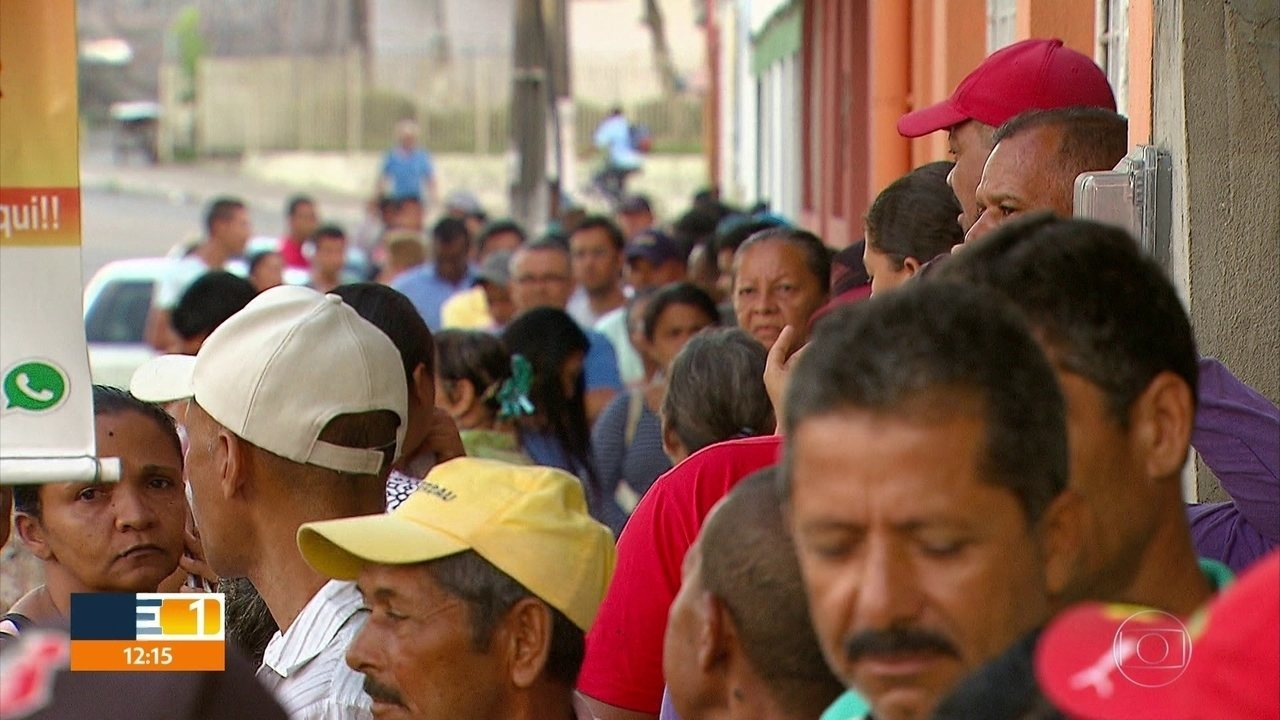 Último dia de cadastramento biométrico é de fila em São Lourenço da Mata