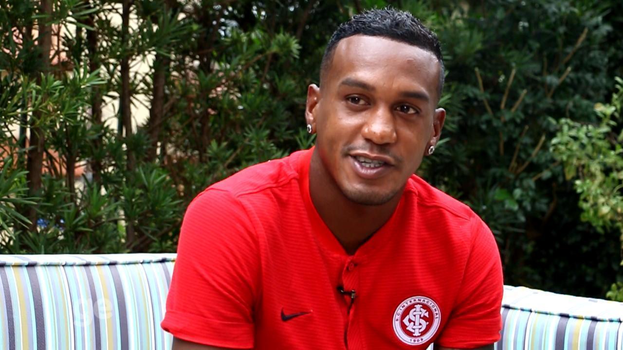 Edenílson fala sobre um ano no Inter, objetivos para 2018 e família