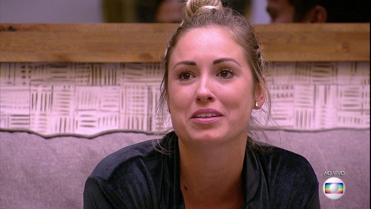 Jéssica comemora: 'Tô muito feliz que o Kaysar continuou comigo'