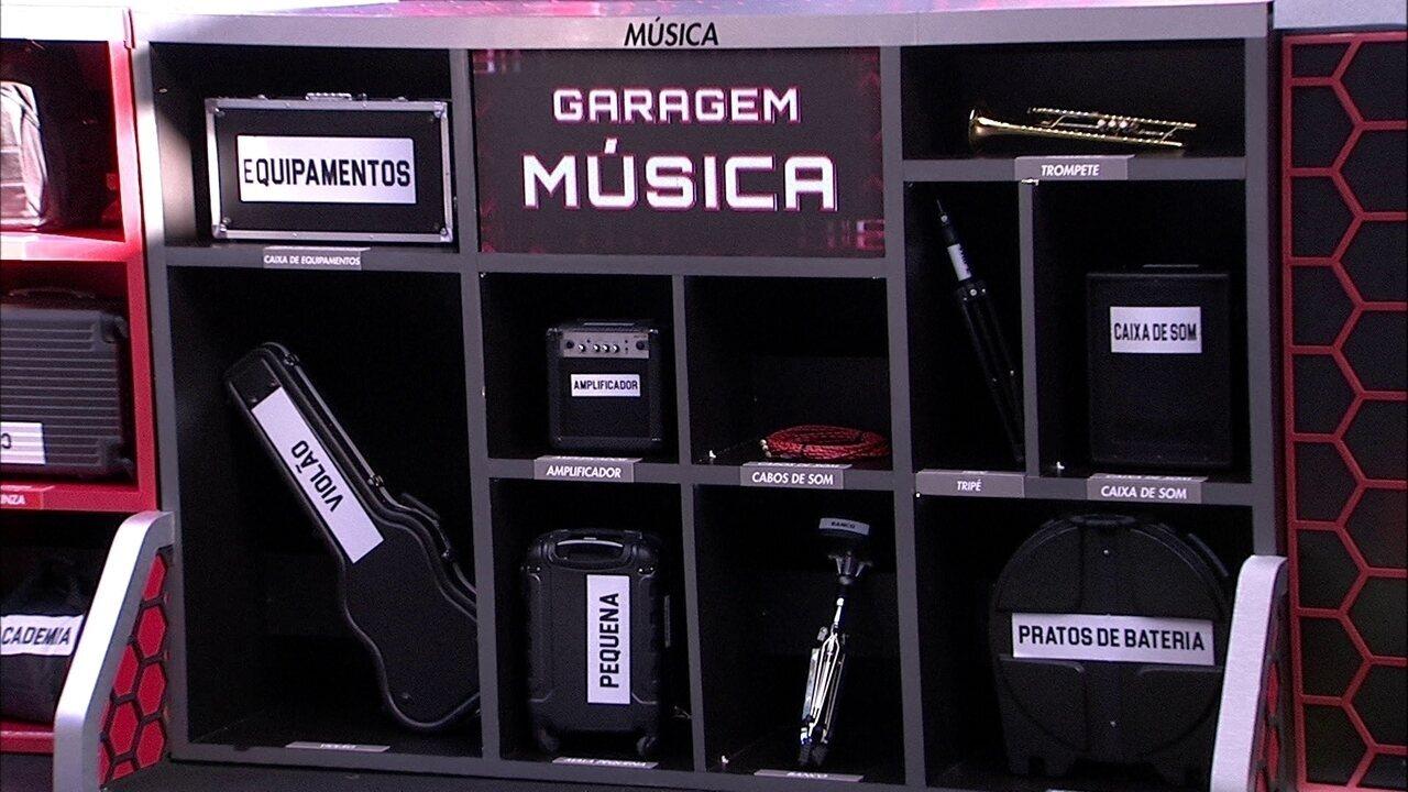 Grupo do Fiat Cronos Branco Alaska arruma os itens de volta na Garagem Música