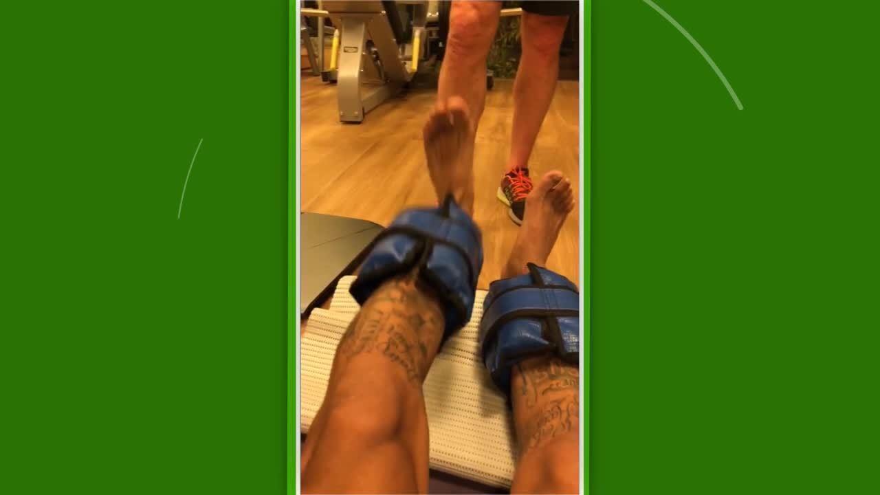 Neymar mostra tratamento após cirurgia e diz estar com saudade de jogar futebol