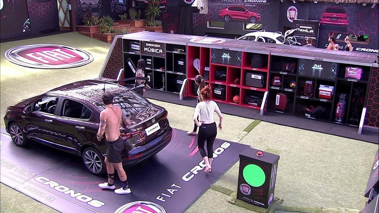 Brothers devolvem itens do Fiat Cronos Vermelho Marsala para a Garagem Música