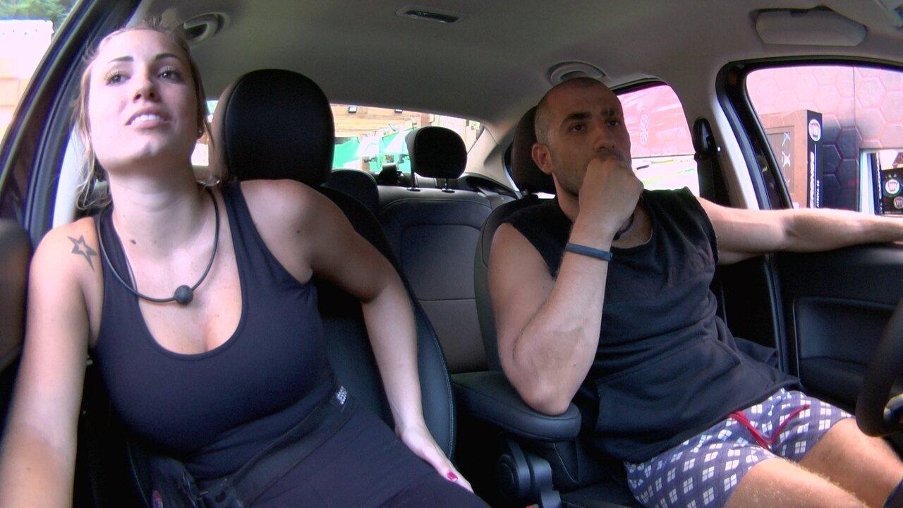 Jéssica conta para Kaysar como é sua rotina com affair fora da casa