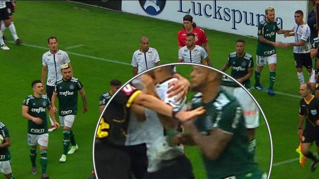 Imagens revelam agressão de Felipe Melo a Clayson e comentaristas analisam confusão