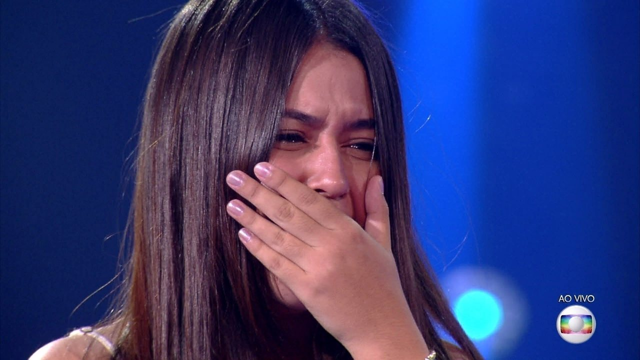 Eduarda Brasil representa Time Simone&Simaria na final do The Voice Kids