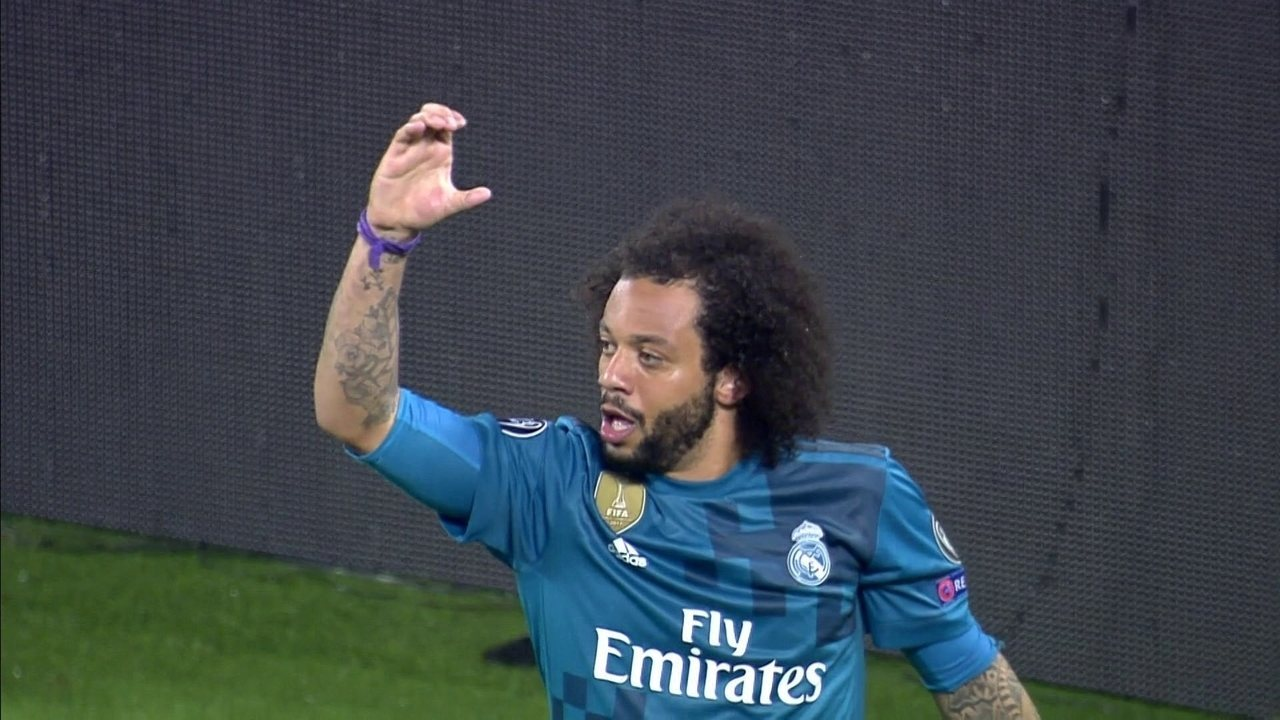 Gol do Real Madrid! Cristiano Ronaldo tabela com Marcelo que amplia, aos 25 do 2º tempo