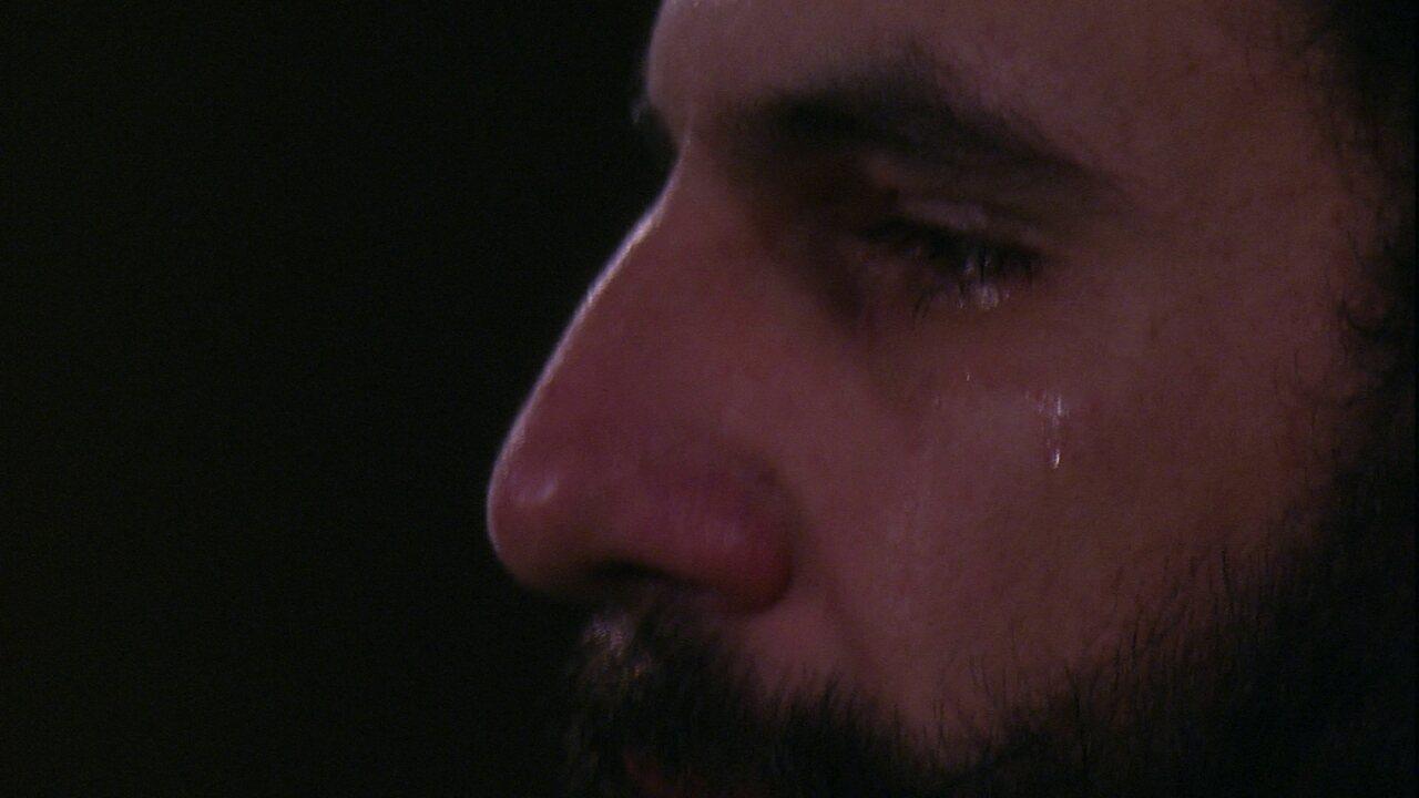 Wagner se emociona e chora em Noite de Eliminação